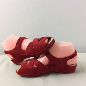 EARTHIES All Suede Leather Red Sandals Size 6.5M